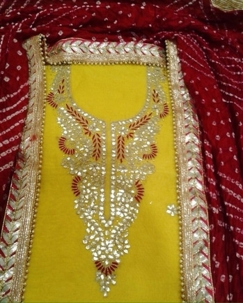 Georgette/Crepe Gotta Patti Suit Product Code - FCDM160 Available at www.fashionclozet.com Email - info@fashionclozet.com Whatsapp - +919930777376 or DM for enquiries #suit #patialasuit #gottapatti #punjabisuit #punjabibride #punjabisuits #fulkari #indianweddings #punjabijutti #punjabijewellery #viah #customisedoutfits #indianfashion #indiancouture #weddingday #punjabiwedding #royalwedding #indianwedding #bridesmaids #weddingdress #indianfashionista #thailand #france #dubai #london #punjaban #saree #gown #lehenga #punjabidress