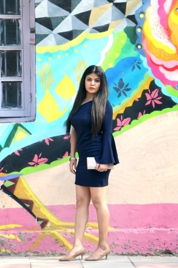Being deeply loved by someone gives you strength, while loving someone deeply gives you courage. Tap for deets 🚩Wearing dress from www.faballey.com #DeepikaButola #AlleyGals #BodyconDress #fashionblog #FabAlley #roposoblogger #roposogal #roposo-style  #dresses
