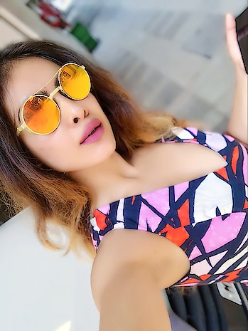 Hello Summers 🌸🌼🌸🌼🌸 : #hellosummers #sunnyday #sunny #summerstyle #sunnies #randomselfie #selfie #saturday #love #pinklips #colours #beauty #sunshine #boldandbeautiful #sexy #bossbabe #weekendvibes #weekendmood #moodygrams #nehamalik #model #actor #diva #blogger #mumbai #happyweekend #happysaturday