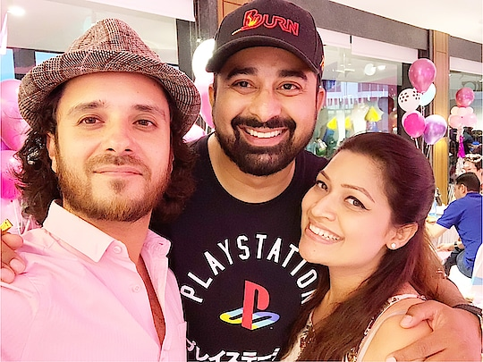 My brother from another mother, it was so good catching up with you the other night! Our #golf 🏌️♂️ game is pending! @rannvijaysingha @undermyumbrella_amita