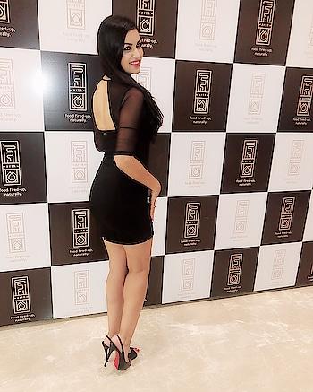 About last night #arth #launch  Dress @guess  Shoes @louboutinworld . . #pune #club #opening #party #blackdress #bollywoodactress #model #maryamzakaria
