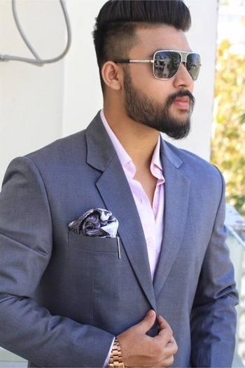 A sneak peak into the shades of grey collection.  A series where i will be doing a series of 3 functional suits for spring and summers. @menwithclass •••••••••••••••••••••••••••••••Thankyou to @raymond_the_complete_man and made to measure for the great fitting outfit. The blog will be live soon. Follow @basicallymenz for more updates. #blogger #newyork #delhiblogger #suits #formals #class #shadesofgrey #grey #sabyasachi #manishmalhotra #koovs #myntra #flipkart #newyork #london #basicallymenz #mengrooming #reviews #perfumes #perfume #college #thecampusbloggers #chanel #tomford #dita #bbluntindia #menwithbeards #menwithstreetstyle