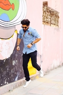 Men's Fashion At It's Best . . . #fashion #blogger #me #love #roposo #follow #instagram #like #mensfashion #instalike #instalife #delhiblogger #delhigram  #fashionblogger