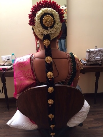 South Indian bridal braid #traditional #traditionallook #traditionalwedding #bridal #hair #hair-do #bridalhairstyling #bridalhairstyle #braid #braidedhairstyle #braidedhair #southindian #southindianbride #southindianbridalmakeup #makeupbynikkineeladri