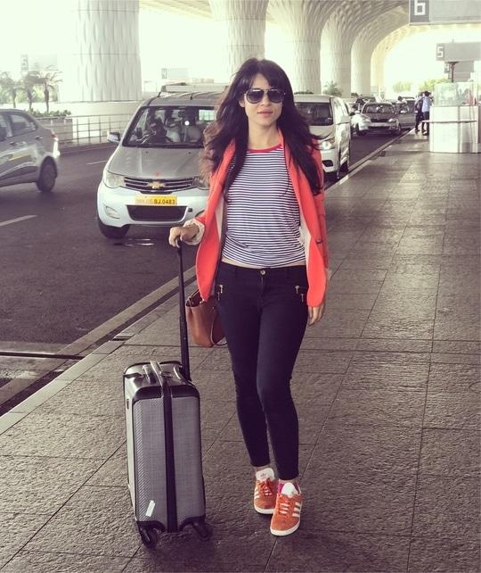 Travel times #delhi   Suitcase @tome