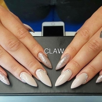 #claw#nailsextension #organicnails#nailsfashion#nailie#nailshape#nail #nailed #nailart #nailsalon #nailartclub #nailpromote #naildesigns #nailsdone #nailed #nailedit#getclawed💅🏻💅🏻
