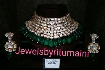 #kundanjewellery #kundan #indiafashionblogger #indianjewellery #jewellerylove #designerstuff #indianbride