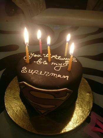 Happy birthday superman #happybirthday #birthday #celebration #superman #supercakes #redvelvet #blackcake @anishgarg1