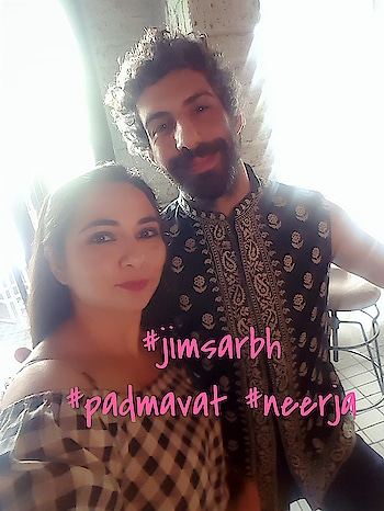 TMM cover unveil with Jim Sarbh...known for his mindblowing performances in Padmavat and Neerja ..It was lovely meeting him . #TMM #magazine #coverpage #unveil #glamour #fashion #editorial #stars #celebs #soroposo #roposolife #ropo-beauty #ropo-style #photographer #lifeofaphotographer