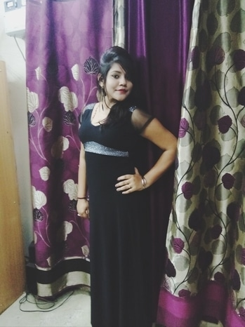 people who wear black have most colourful minds😘😘😘😘 #trendingnow #self-love #dress-up #blackdress #queensfashionhub #lifestyleblogger #cuteness_overloaded #the chubby chic #chubbyandproud #ropo-girl #girl girl♥ #simplybeautiful