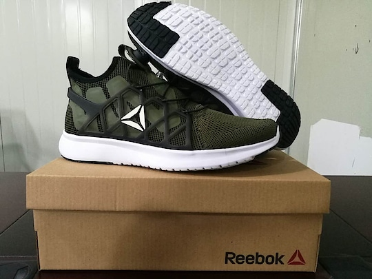 reebok new edition  #latest collection book now  whatsapp 7053321663 price 3000/ only with ship  no cash on delivery.  #cashondeliveryinindia #resellerswelcome #online-shopping #shoponline #onlineshoppingstore #imported_stuff #footwear #footwear-myntra #sneakers #sneakerlove #men-branded-shopping #trendy #trendycollection #first #replica #replicas #shoeporn #shoes #nikeshoes #nikeairmax #reebokshoes #reebokpumps #reebokindia #reebok  #pumasneakers