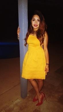 #diva #roposogal #roposobabe #yellowdress  #iamradiant #lovefashion #offshoulderdress  #fashion-diva   #dresses