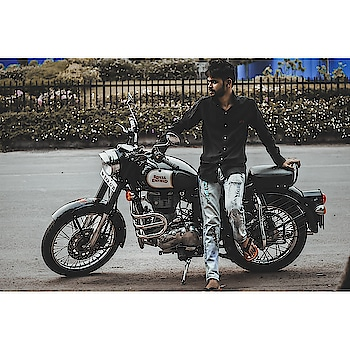 If you don't live for something you'll die for nothing ✌️☣️ #royalenfield❤️🔥 #Swag #autofollower #me #followforfollow #photooftheday #picoftheday #Photogenic #instagram #Love #InstaLike #InstaFollow #followme #500likes #100followers #like4like #LikeForFollow #followall #Follow4Like #follow4follow #keepliking #KeepClicking #KeepFollowing #instablackandwhite #blackandwhite
