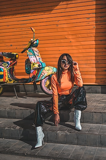 """There is no better way to style this PU pants with this hot neon colour🔥Neon is back in trend & I can't stop myself to create more looks in it. Got my hands on this pants & top from @sheinofficial. . . Shop this look here: http://bit.ly/2Td3A9y Search id- 643730 Don't forget to use my code """"ekhaQ2"""" to get 200rs off on orders over 2000rs. . . 📷- @thedaydreamstudio . . #fashionblogger#fashioninfluencer#lifestyleblogger#personalstyle#bloggerlife#suratblogger#indianblogger#sheinoutfit#shein#sheinofficial#sheingals#pupants#orange#faahiongram#fashioninspo#fashionista#neontrend#postoftheday#instamood#instagood#riyalekhadia"""