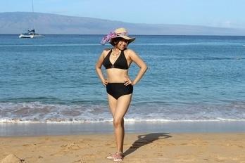 #black #monochrome #bikini #bikinilove #michaelkors #roposolove  #soroposofashion #roposogal #hawaii #diaries #funweek #pacific #swimming #posing #roposomoments  #beachwear