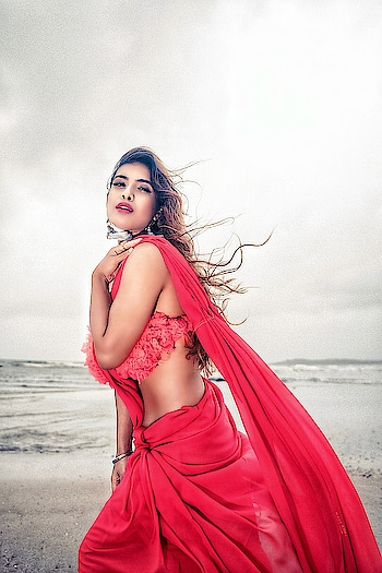 Fall In Love With Someone Who Tastes Like 'ADVENTURE' But Looks Like The 'CALM' .. Beautiful Morning After a Terrible Strom ...!! ❤️❤️❤️ : #sunday #weekend #goodvibes #weekendtime #weekendvibes # #glory #glowup #staybeautiful #redhot #redsaree #beachside #beachphotography #seaside #boldandbeautiful #bold #sexy #nehamalik #model #actor #diva #blogger #instagood #instalike  : PC @divyesh.vanzara @ravishingfocus  Mua @makeupbyheenal  Styling /outfit @baaksha