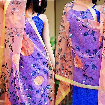 Wrap yourself up in this beautiful hand-painted floral organza stole only @colorauction ❤️ Shop the all new collection of formal, casual, ethnic and western wear stoles only at https://colorauction.com  #stoles#onlinestore#newcollection #affordablefashion#ontrend#trending#stylishstoles#shopthelook#exclusivedesign#florals#organza#sheer#golden#dupatta#fashionstyle#fashionpost#igers#ootd#ootdfashion#handpainted#fashionphotography#summercollection#summertrends#accessories#ecommerce#startup#startuplife#onlinestore#peach#blue