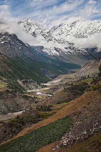 #weekendgetaway : Manali-Leh highway, Himachal Pradesh. Image via photopox.co.nz #love #wow #amazing #travel #travelbug #instatravel #wanderlust #see #gameoftones #incredibleindia #photography #photooftheday #india #paradise #explore #getaway