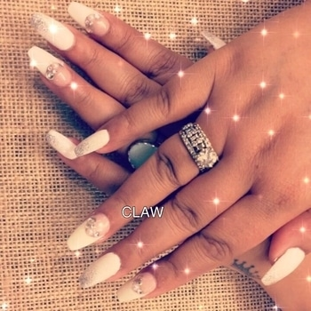 Love,Beauty,Magic🌺💅🏻...that's what the client said..In love❤️with this beauty 🌹💅🏻#claw#nails#creativeminds#nailspa#nailie#nailsextension#organicnails#myteam#work#happyclient#happyus#getclawed💅💅