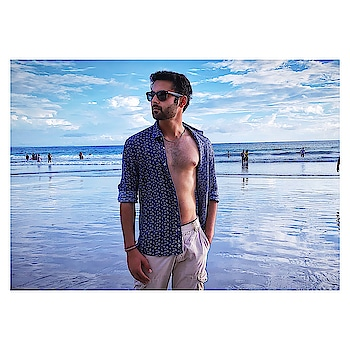 When in Andaman! 🏖 . . . . . #andaman #andamanislands #andamandiaries #andamansea #havelock #havelockisland #radhanagarbeach #beach #fun #hot #sexy #hotmen #model #actor #modellife #modelstatus #indianmodel #bangaloremodel #bangalore #instalike #traveller #travelogue #ootd #potd #instamen #beachlife #holiday #roposomen #soroposo