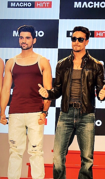 Show for macho hint #tigershroff #rampwalk #fashion #roposo-good #roposo #picoftheday #fashion-blogger