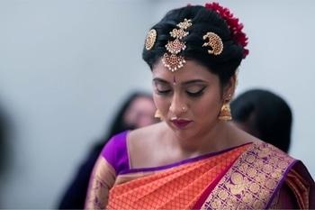 Traditional South Indian bride #brightcolors #maangtikka #southindian #bridal #bridalmakeup #bridalmakeupartist #makeupbynikkineeladri #muaindia #muabangalore #indianweddingjewellery #southindianbride #southindianbridalmakeup #saree #jhumkas #gold #gold-jewellery #purplelove #magenta #magentalipstick #eyelineronfleek #wingedeyeliner #maclipstick #nars #makeupforever #roposobride #soroposo #roposolove #bridesofindia #bridesofroposo #bridesofinstagram