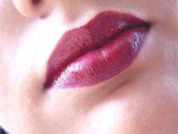 Swatch of Avon Ultra Moisture Rich Gold Shine Lipstick Shade- Golden Wine Net Quantity-4g  #lipstickswatch #avonindia #indianbeautyblogger #beautyandhealthblog