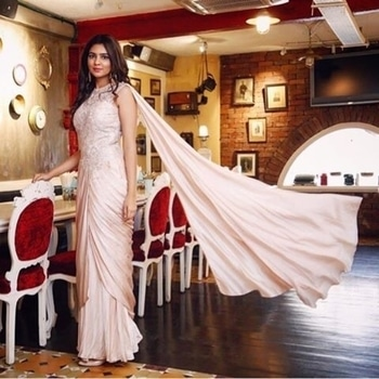 http://bit.ly/2p1FH7x  @bemadlyin Madhura makes for an elegant picture in this pastel Malvika Talwar saree gown from Flyrobe.  #Flyrobe #SmartGirlsRent #DateYourFashion #FlyrobeEthnic