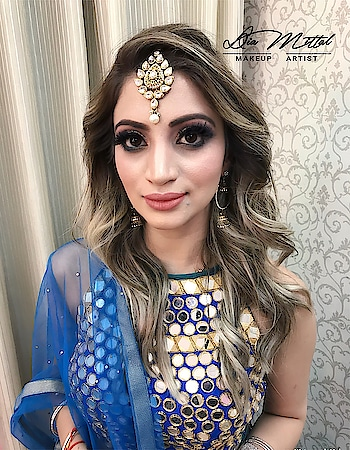 All way from Canada😊 #beautifulshe #makeupbydiamittal #diamittalmakeupartist #bridal #wedmegood #wedding #bridesofindia #instapicoftheday #bridalmakeup #bridesof2018 #instabeauty #instamakeup  #diamittal #diamittal6 #indianbride #bride #canada #highlighter #transformationgoals #bridetobe #bridedress #golden #punjabiweddings #diamittalmakeovers @diamittalmakeovers