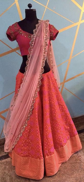 Let's play dress up!! Beautiful Embellished blouse and duppatta! #archithanarayanamofficial #designerwear #dressup #bridalwear #indianfashion #weddingoutfits #embellished #handembroidery #fashiongram #fashionista #detailtherapy #detailing #pretty #lehengas #blouses #zardosi #decked #bridalstories #letsplaydressup #croptops #duppatta