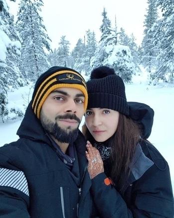 Anushka Sharma and Virat Kohli on their honeymoon right now 😍 #cutecouple #bollywood #couplegoals #bollywoodgossip #afterwedding #celebritystyle #celebritycouple #virushka #viratkohli #anushkasharma #celebritynews #bollywoodactor