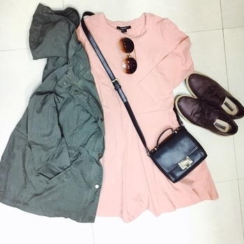 I don't have any particular fashion inspiration icon, though fashion in general inspires me! Ootd Sunday! 💗 #rocknshop #thevisionaries #ootd #pink #green #pinkdress #khakijacket #wineshoes #summertrend #ss17 #ss17trends