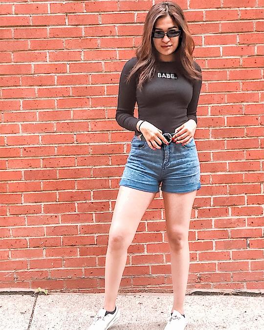 Haters gonna hate  #DontBeABummerBabe #FashionBlogger #BostonBlogger #FashionBloggerIndia  Outfit Details:  Top & sunglasses #romwe  Shorts #bershka Belt #Asos Shoes #Puma