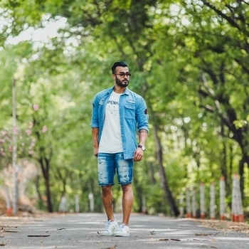Chills  #fashion #ootd #style #trend #motivation #outfit #aboutalook #lookbook #love #blogger #model #beard #swag #casual #fit #fitness #grooming #dapper #lifestyle #travel #summer #hairstyle #colour #streetstyle #tattoo #denim #roposo #roposolove