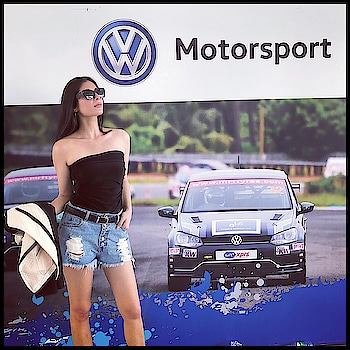 Another racing weekend comes to an end. Hosting the Volkswagen Ameo Cup, 2018 🙌 Good bye Chennai @volkswagen_motorsport_india @volkswagen_india @volkswagen  #hostesslife #emcee #carracing #anchor