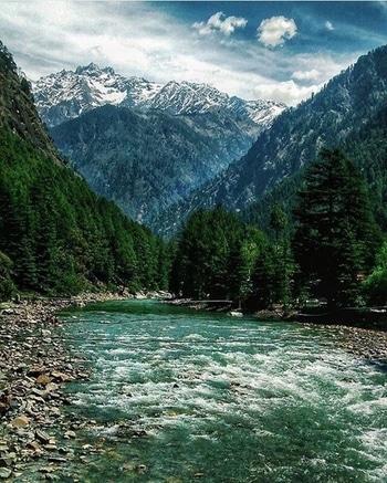 #travelgoals : #trekking in #Kasol, #HimachalPradesh. Image via traveladventuresabound.com #love #wow #amazing #travel #travelbug #instatravel #wanderlust #see #gameoftones #incredibleindia #photography #photooftheday