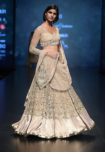 Featuring a #golden flared #lehenga skirt by Rabani & Rakha crafted in mesh lace with kasab #embroidery with a matching blouse with drape: https://www.indiancultr.com/designers/rabani-rakha.html #love #beautiful #India #IncredibleIndia #wow #amazing #artisan #want #neednow #inspiration #Indian #traditional #makeinindia #instalike #instadaily #photooftheday #follow #repost #awesome #style #shoppingonline #designer #runway #new #couture