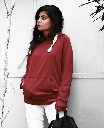 I was younger then, take me back to when I Found my heart and broke it here Made friends and lost them through the years And I've not seen the roaring fields in so long, I know I've grown But I can't wait to go home #EdLoverForLife🔥 Wearing hoodie from @bewakoofofficial #bewakoof #red #designer #instagram #kurti #fashionita #makeup #delhi #outfitoftheday #women-fashion #womenfashion #mystory #model #indian #trendy #ethnic #chic #western #saree #indowestern #streetstyle #picoftheday #ootd #cool #awesome #summer-style #summerstyle #goodvibes #monochrome #summer #stylist #designer #traveldiaries #beauty #beautiful #graceful #classy #elegant #styles #youtuber #videos  #blogger #shindsancrown #shivangigautam #shivangi #winterdiaries #winter #fashion #fashionblogger #indianblogger #styleblogger #indianbloggercommunity #indian #stylist #roposolove #stylediaries #fashionblog #POPxoFeatures #delhi #delhiblogger #Popxoblogger #popxodaily #POPxoBlogNetwork #mumbai #banglore #jaipur #pune #ShindsanPFF #BabesOfFashion