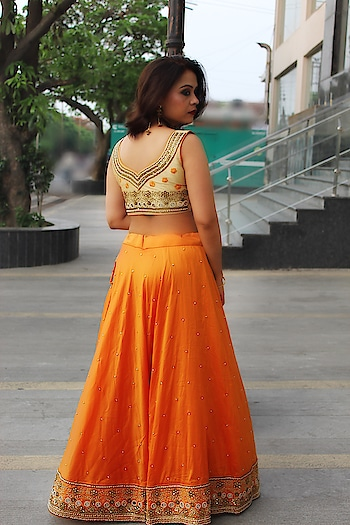 The only time you should ever look back is to see how far you've come ❤️ #bespokegrub #maharanicouture