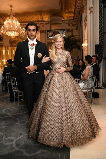 Reese Witherspoon's daughter Ava Phillippe walks in at Le Bal Paris with Jaipur's Maharaja Padmanabh Singh.   Chunky Pandey's daughter, Ananya Pandey, made her debut with her cavalier HSH Prince Philip d'Arenberg.   Princess Gauravi Kumari of Jaipur with her cavalier HRH Prince Paul-Louis de Nassau.   #reesewitherspoon #avaphillipe #maharajapadmanabhsingh #ananyapanday #lebalparis #roposotalenthunt