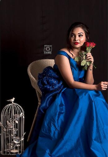 A color of true contentment.❄️ #blue . . .  @ga_pix 📸    #plixxo #popxoblogger #plixxoinfluencer #plixxoblogger #love #vintage #indian #fashion #fashionblogger #style #styleblogger #beauty #beautybloggers #makeup #makeupjunkie #campusbloggers #sodelhi #SoDelhi #vintagevibes #delhi #delhiblogger #insta #instagood #instagram #instagramers #vintagestyle #indian