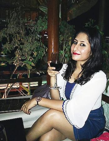 Wine, fine & friends!   #newdp #throwback #wine #redWine #friends #galsNiteOut #girlsNightOut #summerFashion #loveForDenim #loveForWhite #bangaloreDiaries