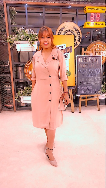 All peach 🍑 : Look one - give it a brunch date look with that trench coat 🧥 : Peach is my color and currently filled my closet with peach and pink 🍑 : : : Wearing this from @stalkbuylove #babesofsbl #sbl #stalkbuylove : : : : : : : : : #ootd  #missfashioncupid #blogger #fashionblogger #indianblogger #shubhiPrakash #outfitoftheday #fashionista #fashioninspo  #delhiBlogger #lifestyle #fashion #beauty  #ootd #potd #onlineShopping #shopaholic #slayStylish #jharkhandblogger #indianfashionblogger