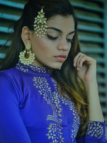 May the magic of this Eid bring lots of happiness in your life and may you celebrate it with all your close friends & may it fill your heart with wonders.  EID MUBARAK 💙 Jewellery : @jewellssories  Outfit : @ira.soleil  Picture credits : @ravishingfocus . . . #eid #eid2017 #eidoutfit #eidmubarak #popxodaily #popxocampus #popxoblognetwork #galleri5influenstar #galleri5xdixitapatel #dixitapatel