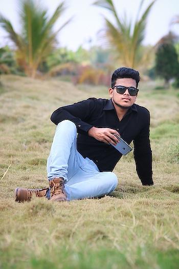#love #iphone #smile #like #followme #new-style #trendy #beinghuman #life #following #follower #friends #likeforlike #likeforfollow
