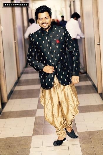 A day to go Indo-Western... #ready #morning #stylegoals  #beard #longhair #sunkissed #aftershower #wintersunlight #iphone6s #selfietime #menstyle #menhairstyle #meneyes #beforework #lookbook #stylegram #menbun #entrepreneurlifestyle #messedup #lifestyle #latemorning #engagement #ethnic #ethnic-wear #manstyle #manfashion #manmodels #followme #followhim  #indowesternwear
