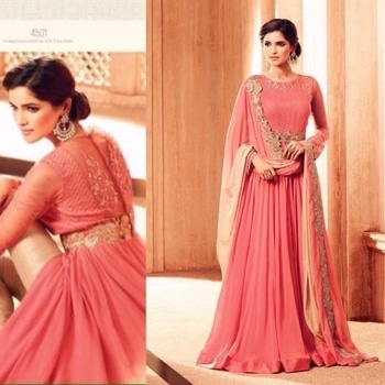 Pink Georgette Full Flair Anarkali Suit  Product Code - FCSS852 Available at www.fashionclozet.com  Watsapp - +91 9930777376 Email -  info@fashionclozet.com Or DM for enquiries.  #bridetobe #bridetips #fashionclozet #bride #bridalfashion #weddingtrends #fashion #weddingplanning #weddingreception #weddinglook #weddinglove #bridalhairstyle #bridalhairstylist #hairstylist #celebrityhairstylist #mua #bridalmua #celebritymua #brideandgroom #dulhan #dulhanfashion #nikah #anandkaraj #dreamcometrue #weddingphotography #fashionista #capedress #indianbride