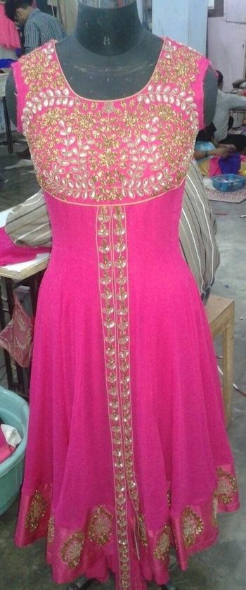 Pink💕 #pinkdress#handwork#tb#anarkali#onlyonorder#designerwear#gold#workinprogress💕