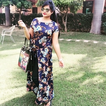 Different looks in summer season summer#looks#hot#colours#floral#print#loving#it#otpd #summers