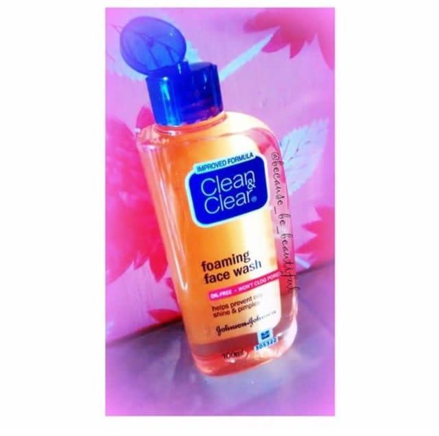 🔷BLOGGED✔ . . New Post Up On Blog❗ . . ➡Clean & Clear Foaming Face Wash💠 . . ▶Full Review Post on Blog.(Check Link in bio) . ▶Keep Follow B3 For More Such Reviews❤ . . #Blog #KolkataBlogger #BeautyBlog #FashionBlogger #LifestyleBlogger #ReviewBlog #Clean&Clear #FaceWash #Johnson&Johnson #SkinCare #Love #InstaPic #InstaClick #InstaShare #InstaLike #InstaFollow #LikeForLike #FollowForFollow #InstaShare #GoodPost #Potd #BeHappy #BeYou #BecauseBeBeautiful❤